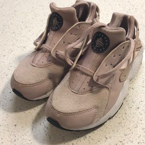 Nike Girls Huarache Size 1